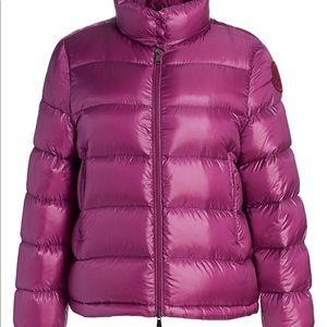 $1160 authentic Moncler puff jacket